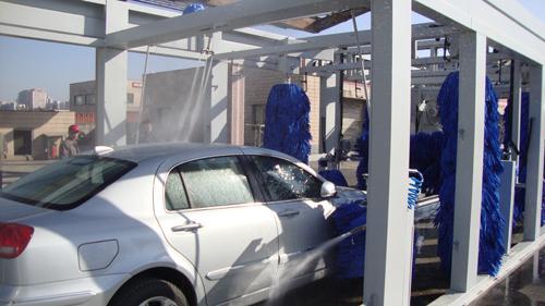 quipement de lavage tunnel automatique avec filage brosse de lavage de voiture. Black Bedroom Furniture Sets. Home Design Ideas